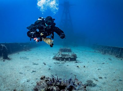 TDI-Diver-with-Double-and-Sidemount-Above-Wreck-Photo