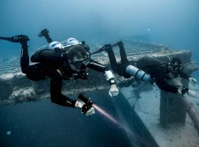 TDI-Divers-Explore-Large-Wreck-Sidemount-and-Doubles-Photo